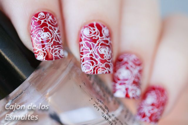 China Glaze - Ruby pumps Moyou London Roses stamping  #stamping #moyoulondon