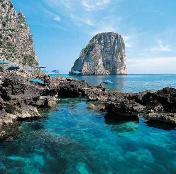 Capri, Italy: Amazing Spaces, Travel Places, Blue Grotto, Beautiful Places, Beautiful Capri, Isle Of Capri, Italy Travel, Capri Italy, Dreams Destinations