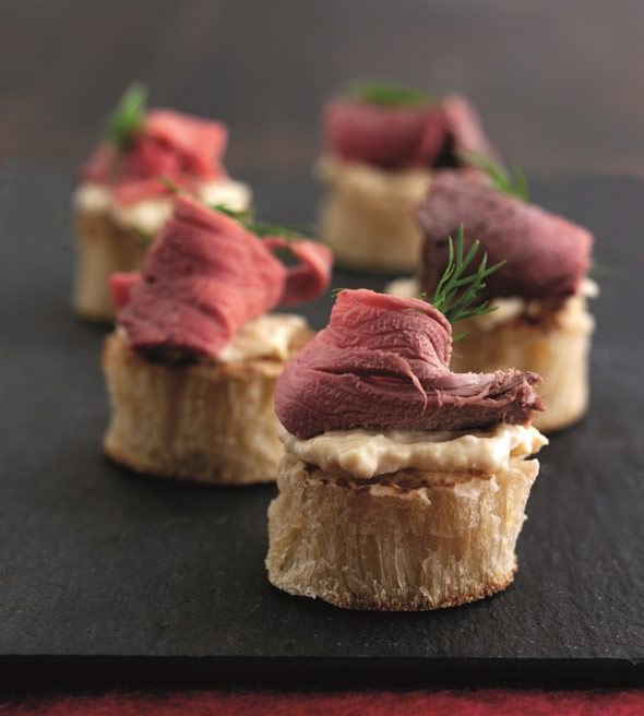 1000 images about finger food nibbles on pinterest for Beef canape ideas
