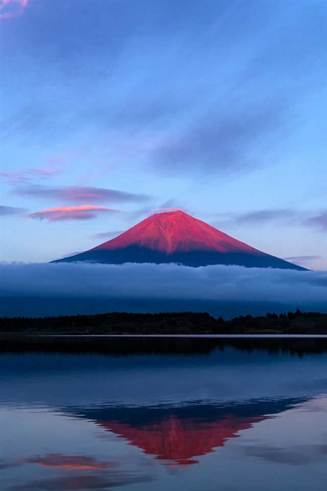 Japan-Fuji-mountain-evening-sky-lake-reflection-blue_640x960_iPhone_4_wallpaper.jpg (640×960)