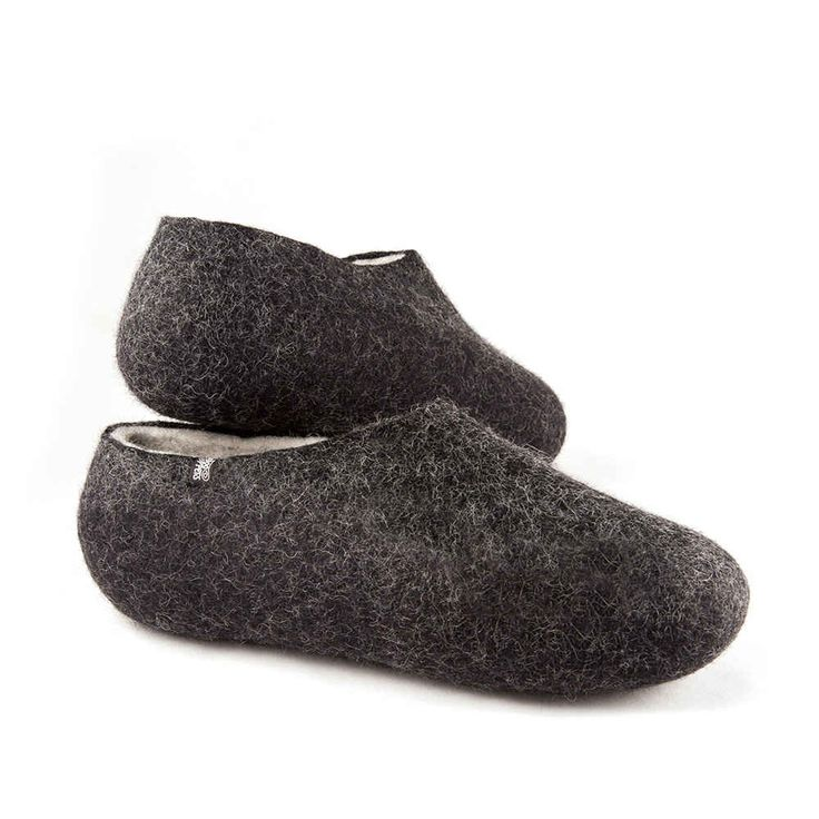 Black white slippers from DUAL Black collection. Handmade in Greece using 100% merino wool. #woolen #felted #slippers