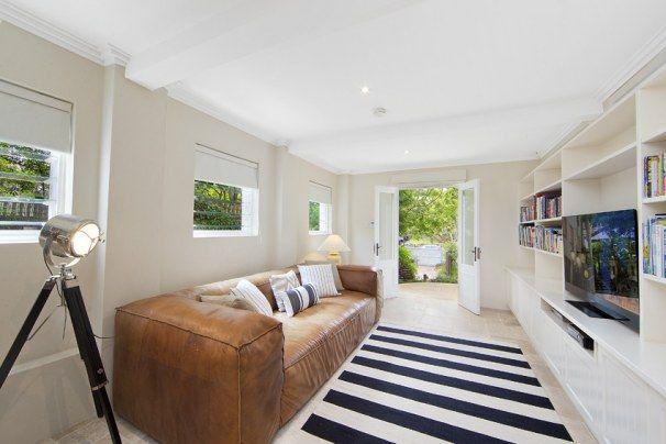 Living Room Styling by AMAZE #livingroom #blackandwhite