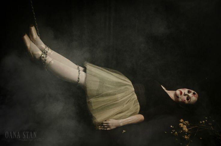 OANA STAN   Halloween make-up: Balerina prizoniera pe scena   http://oanastan.ro