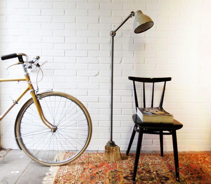vintage bike, bauhaus floorlamp and pastoe chair by Studio Gespuis
