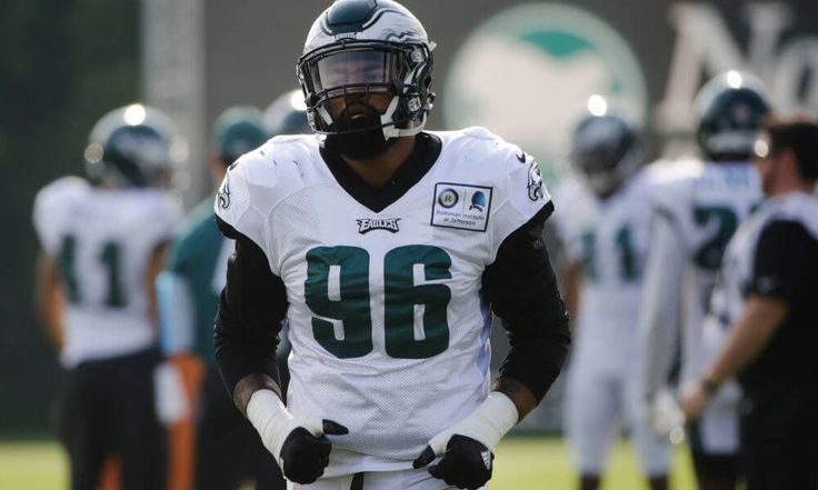 How did Derek Barnett fare in the Eagles preseason opener? = After dominating the Southeastern Conference for three seasons, recording 52 tackles for loss and 32 sacks during that time, Derek Barnett made an instant impact in his preseason debut for the P https://www.fanprint.com/licenses/philadelphia-eagles?ref=5750