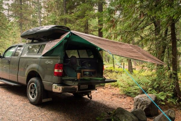 Truck Camping Shelter : Tarp tips quick shelter for rain wind or saving weight