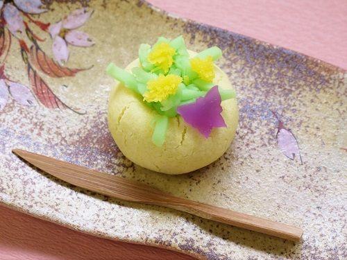 ホワイトデーに春の上生菓子はいかがですか?  群馬県の和菓子屋「六郎」の(嫁)ブログ