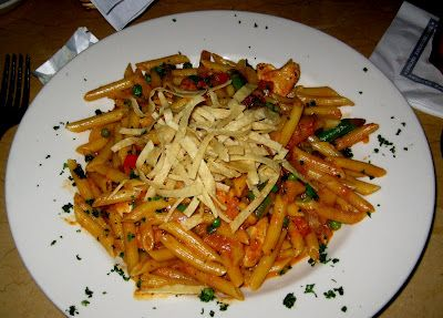 The Cheesecake Factory's chipotle chicken pasta... DELISH!    https://sites.google.com/site/deedeelovesprintablerecipes/spicy-chicken-chipotle-pasta-the-cheesecake-factory