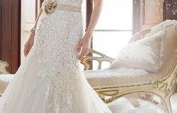 Pasteles de Bodas. Lo más probable que estés mirando muchos pasteles de bodas y pensando mucho para ...