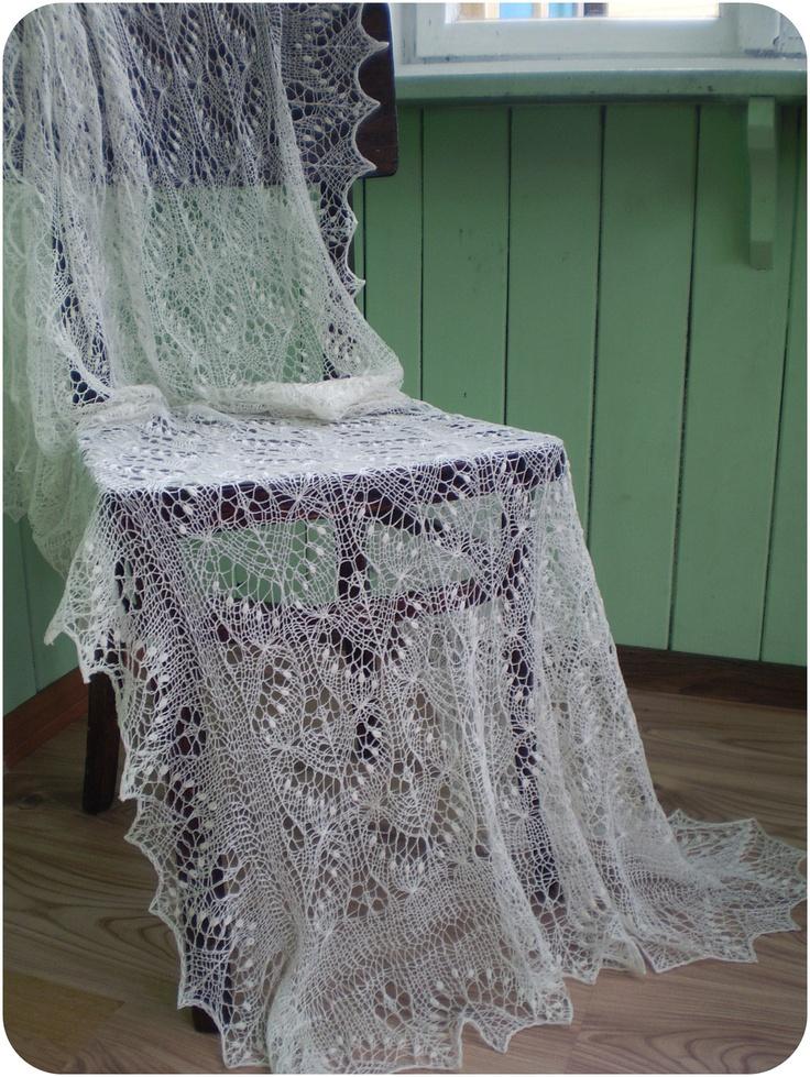 Wedding shawl, hand knitted merino cobweb lace stole, ivory,  traditional Estonian lace Haapsalu shawl  READY TO SHIP