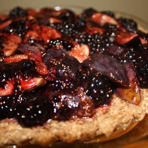 Eat this raw #vegan blackberry tart for breakfast or dig in as dessert. It's healthy either way. Recipe from Food52, found at ww.edamam.com