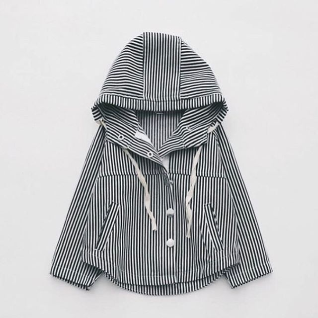 @stylechild_no Favourite jacket from @minibasic SS17 In store soon! stylechild_no #barnkläder #barneklær #barnmode #baby #babyboy #babygirl #babyclothes #gravid #pregnant #ministylekids #littletrendsetters #knit #knitting #strikk #newborn #toddler #boy #girl #fashion #igkids #igkidz #kidsofinstagram #instagramkids #fashionforminis #ministil #inspirationforpojkar #inspiration #stylechild_no #spring #ss17