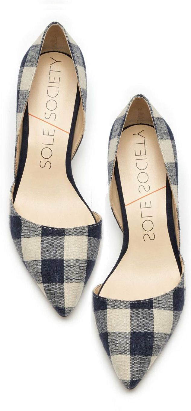 Gingham Pumps. Ca be a nice pop of pattern can give a more plain outfit