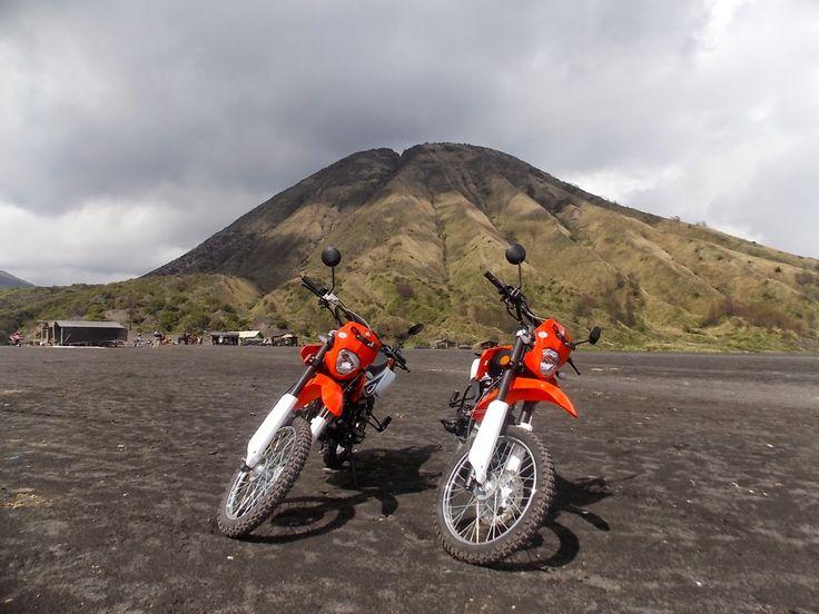 Villa / Home Stay / Penginapan / Hotel / Paket Tour Murah Gunung Bromo : Sewa Motor Trail Murah Di Gunung Bromo