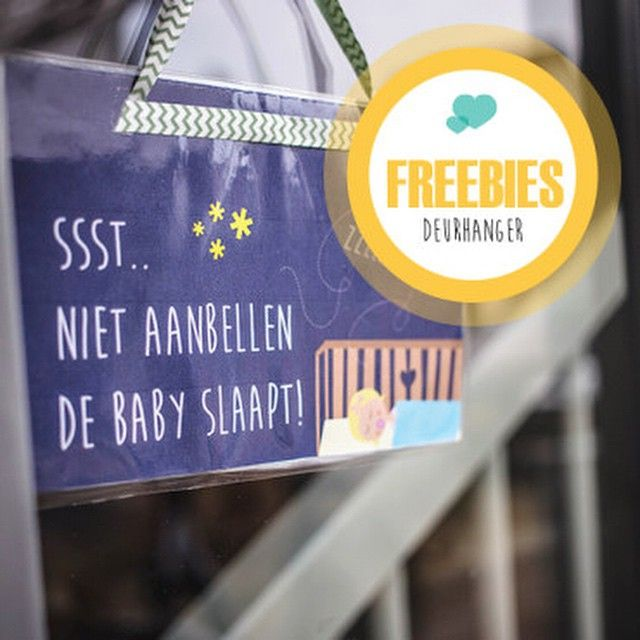 Freebie: deurhanger DE BABY SLAAPT - Love2BeMama