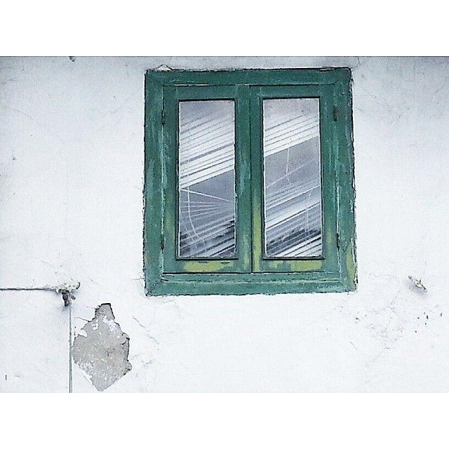 Ministerio del Interior. Gobierno de Intimidad #ventana #casa #windows #house #home #persianasquenecesitanunalineado #interior #homedesign #interiorismo #exteriorismo #verde
