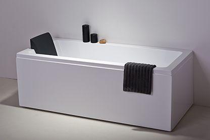 Maxxwell Malaga badekar er laveti kraftigt gennemfarvet sanitets akryl, forstærketmed glasfiber. Naturligvis med ramme under bunden med justerbare fødder.