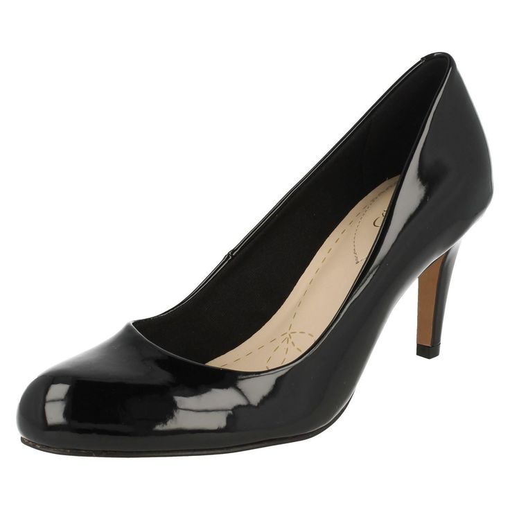 Ladies Clarks Black Patent Synthetic Court Shoe Carlita Cove D Fitting