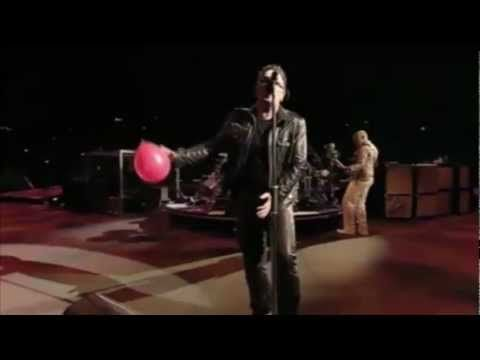 """U2 delivers a rare live performance of """"One Tree Hill"""" at U2 360 in Auckland, New Zealand.  So gorgeous.  I love them far too much :)"""