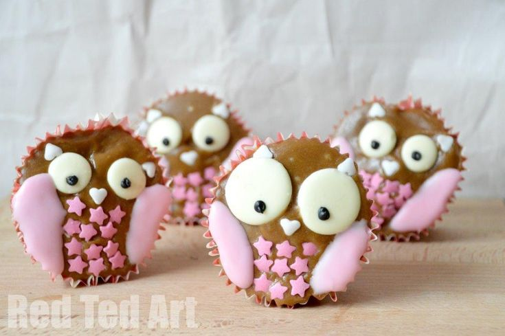 Cute Owl Cupcakes - Red Ted Art's Blog Chocolate buttons, heart and star sprinkles, icing and a black icing pen