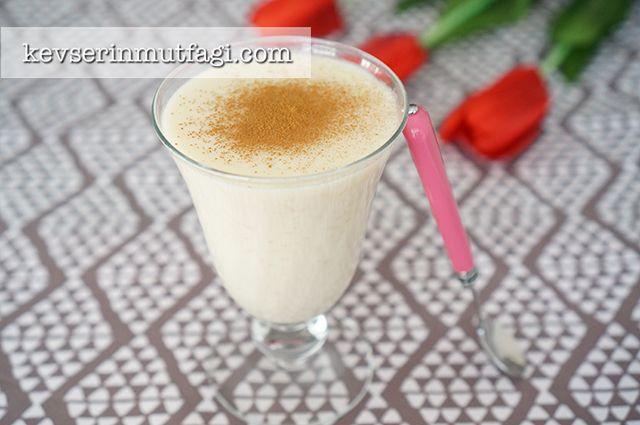 Sütlaç Tarifi, Sütlaç Nasıl Yapılır, Sütlaç Yapılışı, Sütlaç Yapımı, Sütlaç Malzemeleri