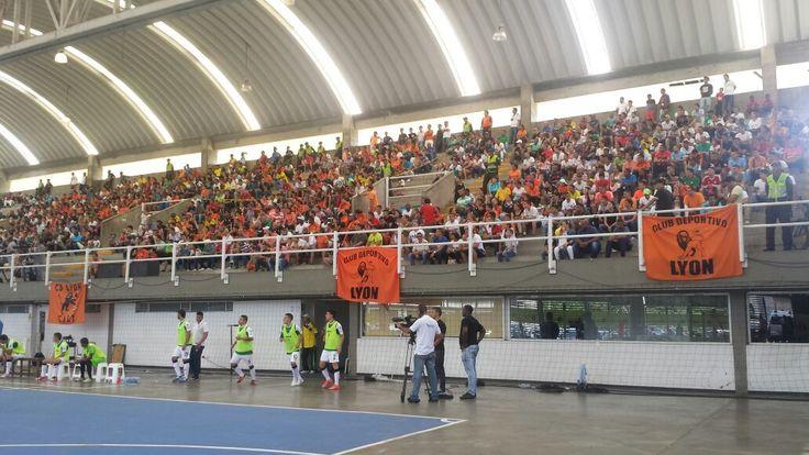 El público caleño acompañando a su equipo en la final de la Liga Argos Futsal.
