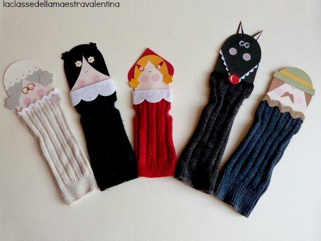 Marionetas de caperucita con calcetines