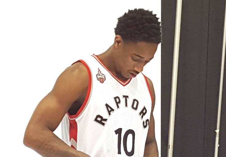 A Disappearing DeMar DeRozan Is Hurting The Raptors