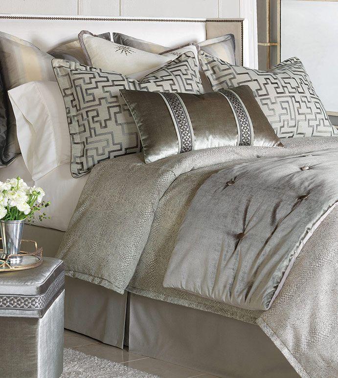 Ezra Bedset Velvet Velour Neutral Grey Bedset Shiny Stripe