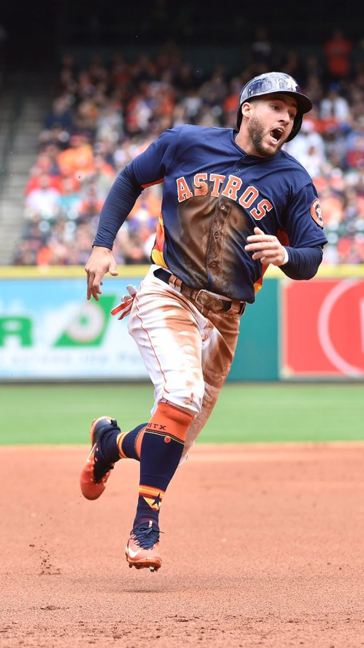George Springer ❤️ Got to get that run in!!!