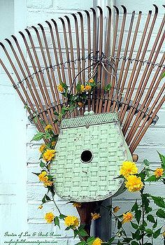 outdoor rake decor, gardening, repurposing upcycling, Outdoor Rake Decor
