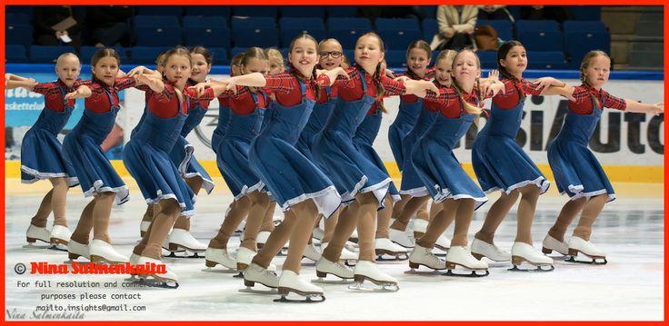 Team Minique (preliminary level) FIN at a competition November 2014