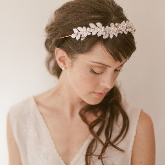 <b>As if choosing a dress wasn't hard enough, you also have to navigate the big world of headbands and veils.</b> If you're on a budget, be sure to check the DIY section at the end.