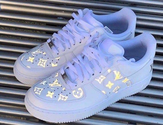 White nike shoes, Nike air shoes