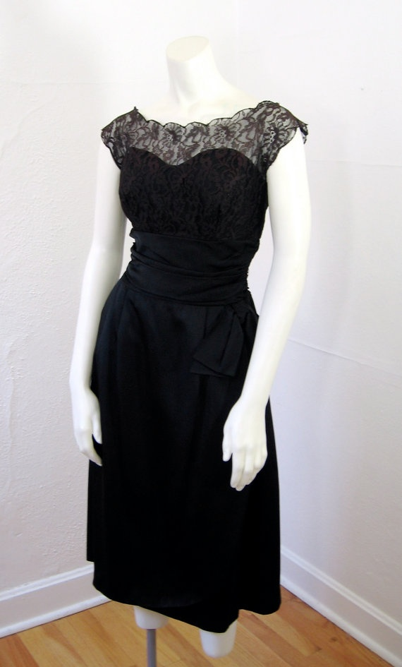 1950s Vintage Dress, i want to have this as my little black dress