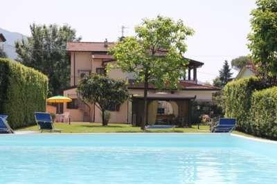 Villa CHLOE - a warm atmosphere, Camaiore (LU), Tuscany, Italy - Property ID:12125 - MyPropertyHunter