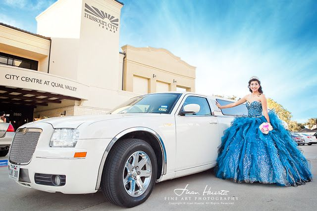 http://www.houston-quinceanera-photographer.com/2013/10/city-centre-at-quail-valley.html