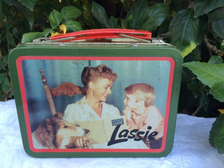 Lassie June Lockhart Jon Provost Mini Lunchbox, Classic TV Show, Lassie the Dog, Collectible Tin by TaniastreasuresFinds on Etsy https://www.etsy.com/listing/400019695/lassie-june-lockhart-jon-provost-mini