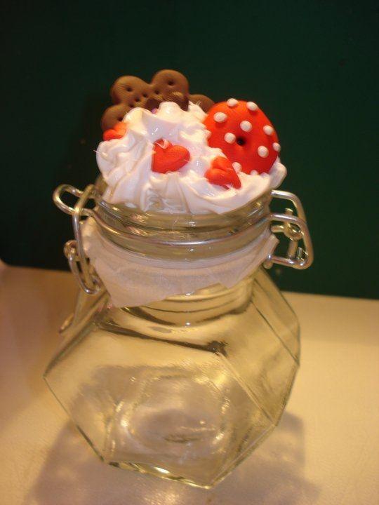 Barattolo in vetro con tappo decorato fimo e Silicone