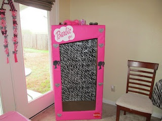 DIY Barbie photo booth! She has some good ideas!