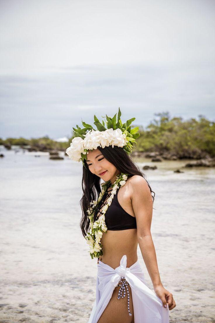 Tropical Polynesian Wedding in Moorea-  bride- bridal style