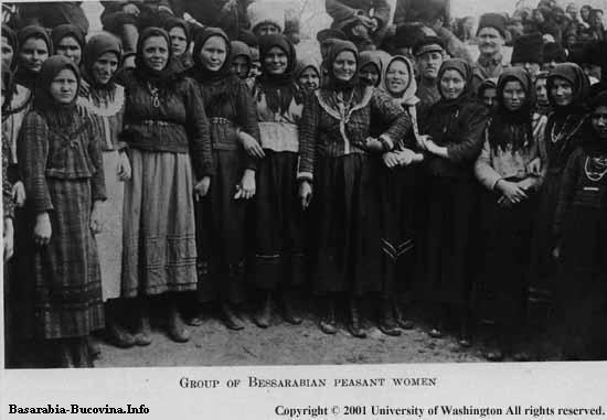 8 Charles Upson Clark Bessarabia - Basarabia Grup de taranci romance