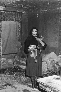 Edith Beale of Grey Gardens. Weird, I know, but strangely inspirational. #edithbeale #greygardens