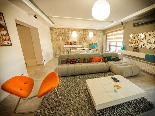 Amenajarea nonconformista a unui apartament din Bucuresti- Inspiratie in amenajarea casei - www.povesteacasei.ro