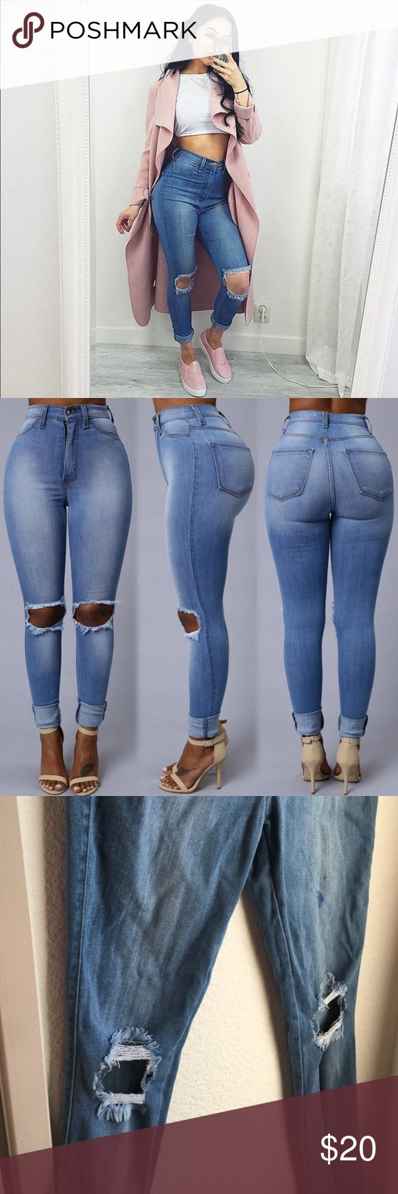 Ripped knee jeans These are the very stylish jeans from fashion nova, that go with pratically any outfit. Sadly there is a marker stain but it can probably be taken out with the right product. Fashion Nova Jeans Skinny