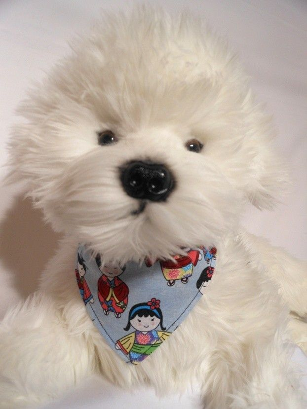 HARAJUKA HOUND $15.00 Cotton bandana with Japanese doll print. Very harajuka. Slides on, best on hot pink or black. DOG COLLAR DESIGNS