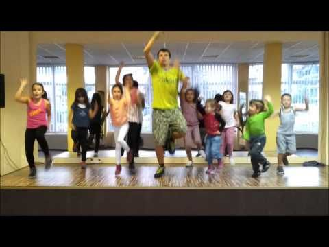 Zumba Kids cu Andrei - Gummy Bear - YouTube