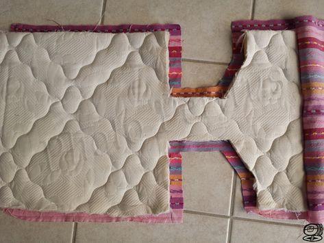 ab5a895b67e4 DIY - Porte bébé pour poupée Comment recycler un rideau, un coutil de  matelas et