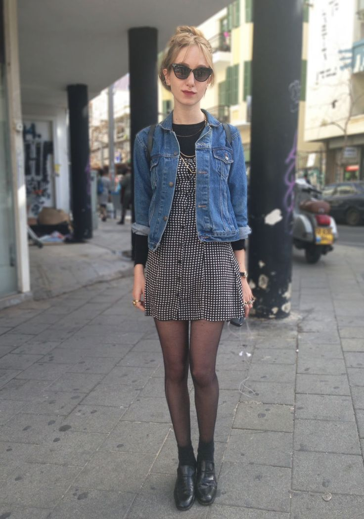 Street Style Tel Aviv: 90's vintage style in a denim jacket, summer dress and sheer tights with a pop of red lipstick  #israel #fashion #streetstyle