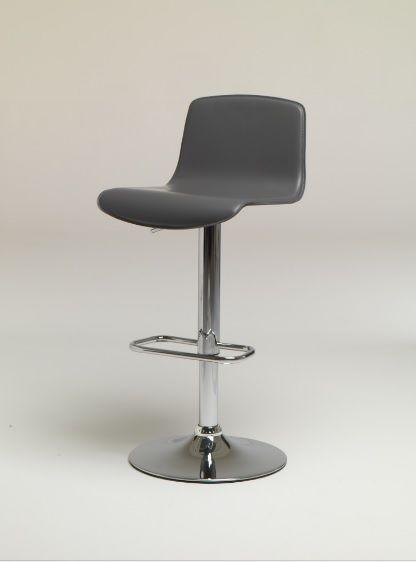Sgabello Martin altezza variabile in cuoio Friulsedie - Sgabello a gas in metallo cromato con seduta e schienale in cuoio rigenerato in diversi colori.